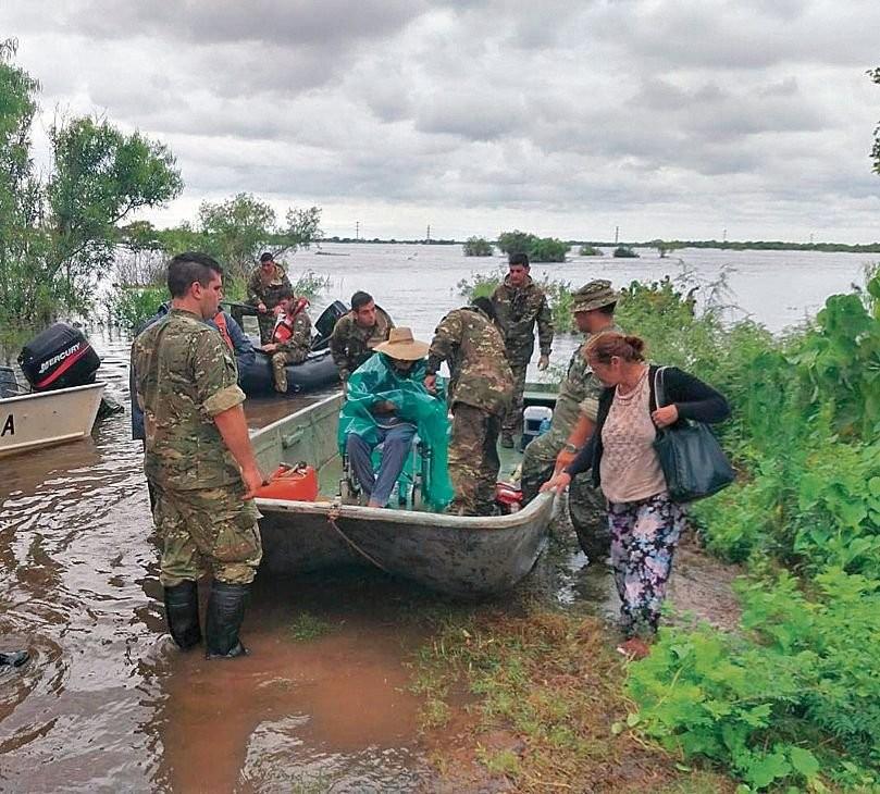 Inundaciones: cerca de 7.500 personas siguen evacuadas