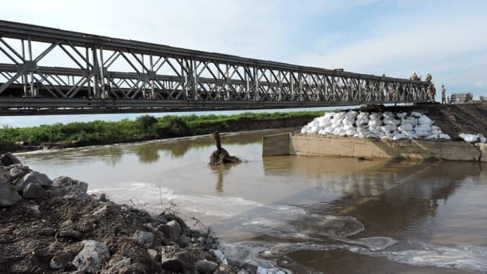 Instalaron el puente Bailey en el corte de la Ruta Provincial 1
