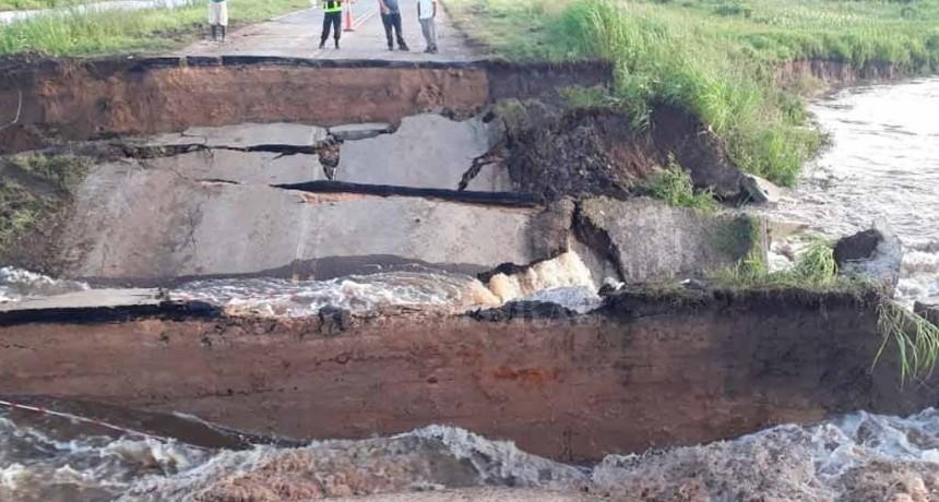 Corte total en la Ruta 1: se hundió el asfalto