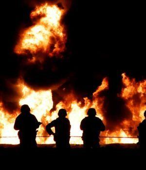 Mexicanos robaban gasolina, el ducto explotó y dejó al menos 66 muertos