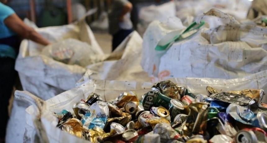 Se juntaron 6000 kilos de materiales para reciclado en Navidad