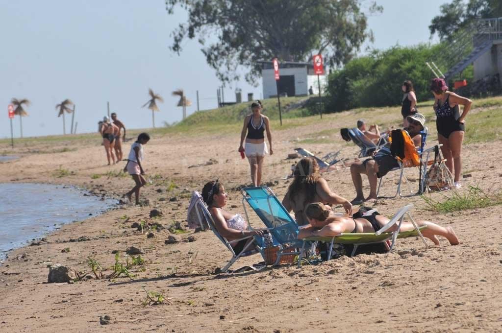 La Municipalidad de Santa Fe intensifica el mantenimiento de las playas