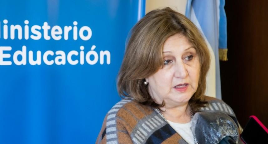 Cantero afirmó que la vacunación para docentes no será obligatoria