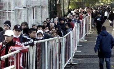 Futbol: Oficializaron el registro de personas que tendrán derecho de admisión