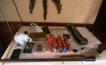 Policía antinarcóticos detuvo a siete personas y secuestró drogas en cinco allanamientos