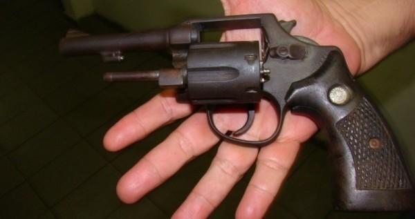Imputaron a un joven por abuso de arma de fuego