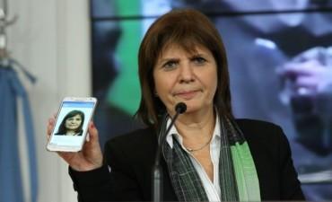 Dos detenidos por el hackeo a la cuenta de Twitter de la ministra Patricia Bullrich