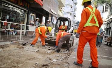 Comenzó el trabajo de remodelación de la Peatonal San Martín