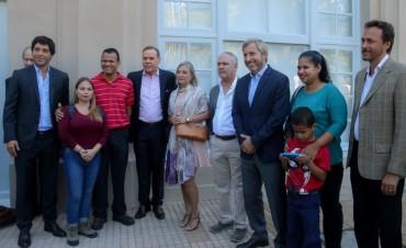 El Gobierno Nacional facilita el trámite de residencia a los ciudadanos venezolanos