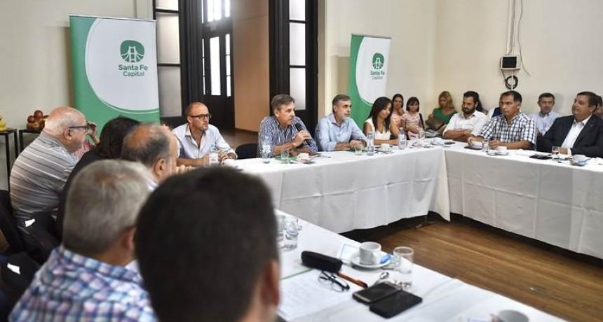 Emilio Jatón encabezó la primera reunión del Consejo Económico y Social