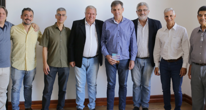 Jatón recibió a representantes de iglesias evangélicas Home Agenda IntendenteJatón
