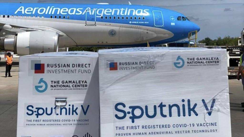 Sputnik V: llegan 400.000 nuevas dosis de la vacuna