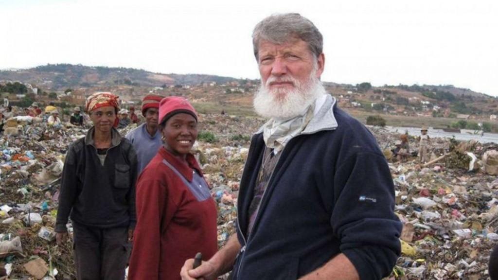 Pedro Opeka: el cura argentino nominado al premio Nobel de la Paz