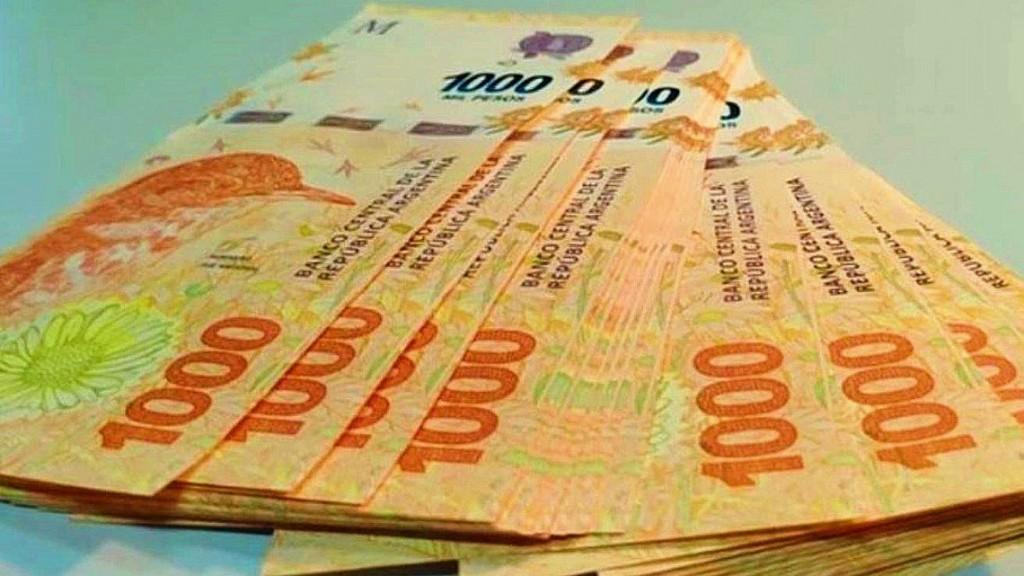 Billetes de 1.000 pesos falsificados despiertan alerta