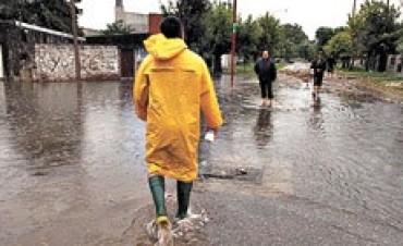 Sobre llovido, mojado: Centenario y Chalet volvieron a inundarse