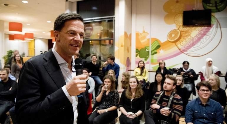 Holanda exige a Turquía que retire comparación con nazis