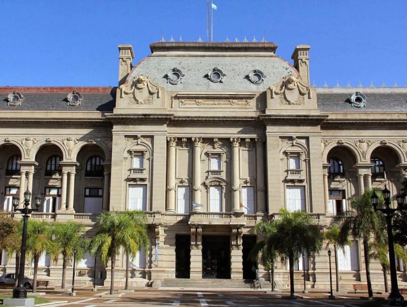 La provincia emitió bonos por U$S 250 millones al 7% anual