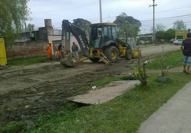 En Alto Verde habilitan pavimento de calle Demetrio Gómez