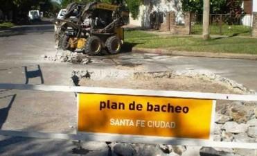 Continúan los trabajos de repavimentación en las calles de la Ciudad