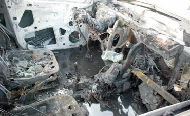 Incansables: quemacoches atacaron en el norte de la ciudad