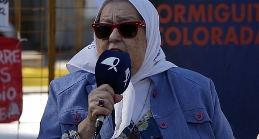"""Bonafini: """"Macri también tiene esa idea, cuando no te pueden callar, te acribillan a balazos"""""""