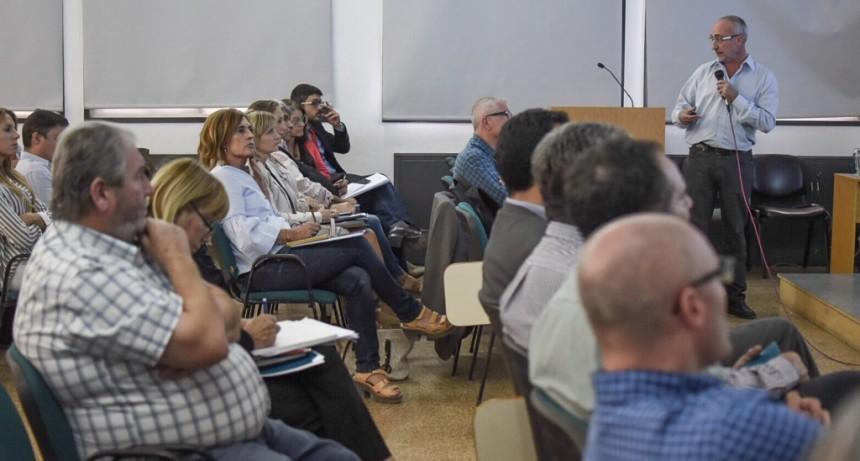 Con una agenda común, se definen proyectos para el Área Metropolitana de Santa Fe