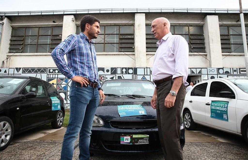 """Antonio Bonfatti: """"Golpeamos al delito en donde más le duele"""""""