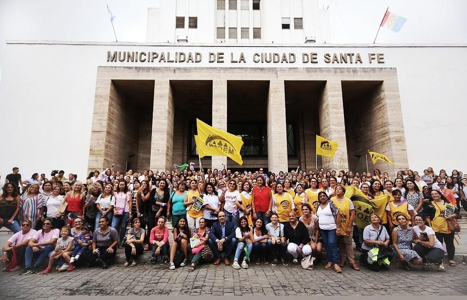 Corral presentó la aplicación móvil SFC Mujeres Libres