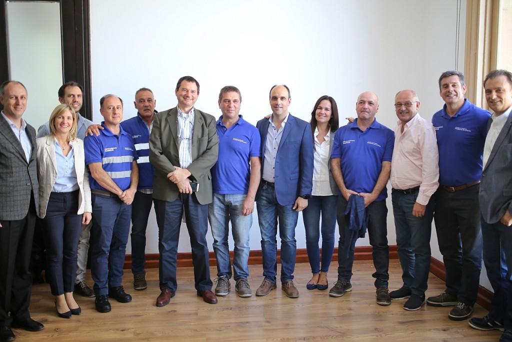 Corral firmó un importante acuerdo con el titular del Belgrano Cargas