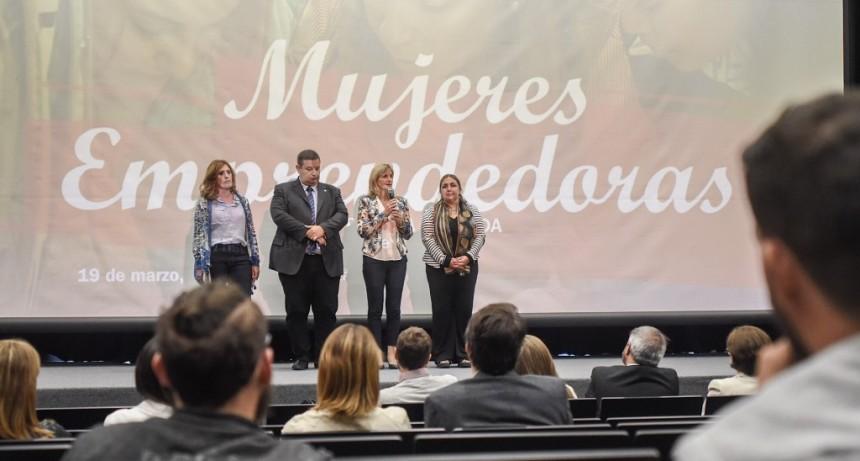 Santa Fe tuvo su 1ra Jornada de Mujeres Emprendedoras