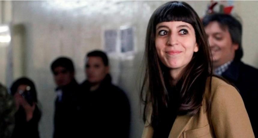 La Justicia le ordenó a Florencia Kirchner que regrese al país dentro de 15 días