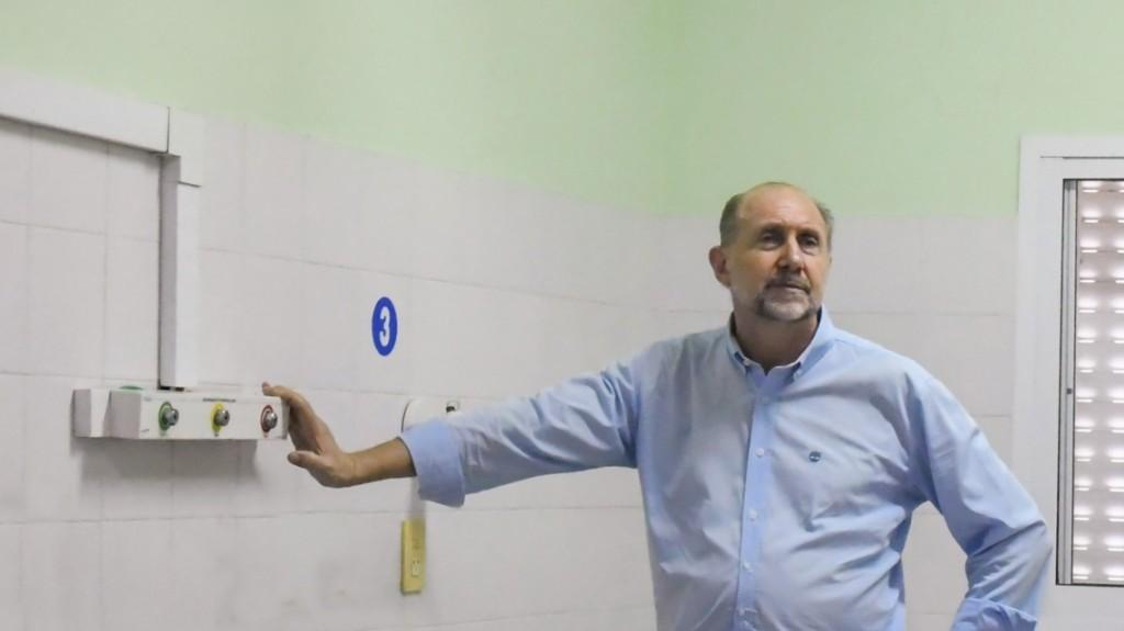Perotti recorrió las obras del ex Hospital Iturraspe