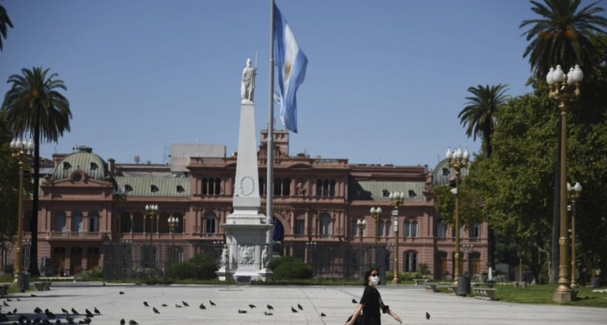 Alberto Fernández se reúne con el comité de crisis para definir la extensión de la cuarentena