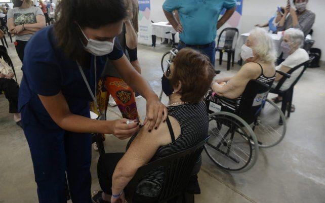 Cuántas y cuáles son las vacunas contra el Covid que llegaron a Santa Fe