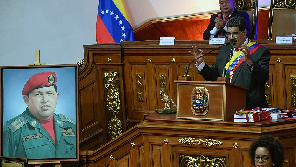 Maduro ofrece petróleo venezolano a cambio de vacunas
