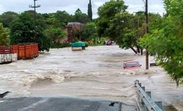 Más de 600 evacuados en la provincia de Entre Ríos por las intensas lluvias