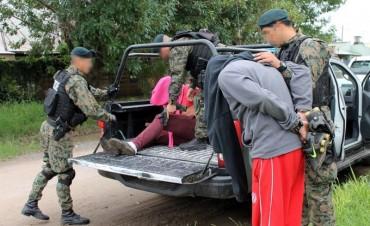 La Agencia de Trata detuvo a tres personas por amenazas agravadas
