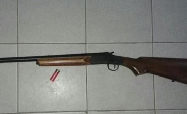 Secuestro de arma de fuego y un aprehendido