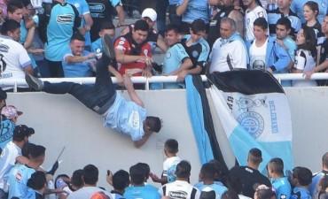 La AFA le aplicaría una severa sanción a Belgrano