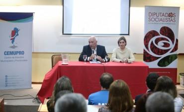 Bonfatti dio detalles del proyecto de creación del fondo para ciencia e innovación