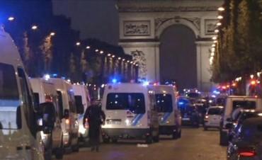 Dos muertos en un tiroteo en el centro de París