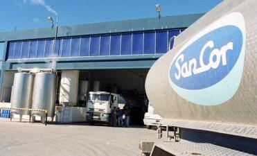 Camioneros inició un paro de actividades en Sancor para repudiar despidos y suspensiones