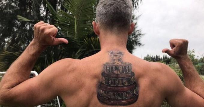 Daniel Orsanic cumplió promesa y se tatuó la Copa Davis