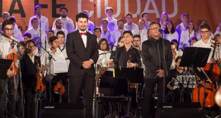 Con la Plaza Pueyrredón colmada, culminó el 5° Festival Santa Fe Sostenido