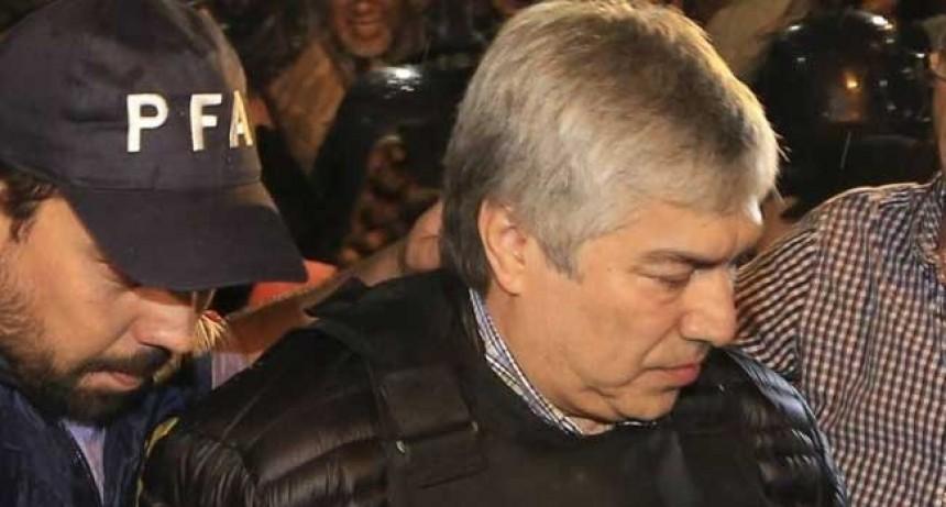 Lázaro Báez estará preso un año más