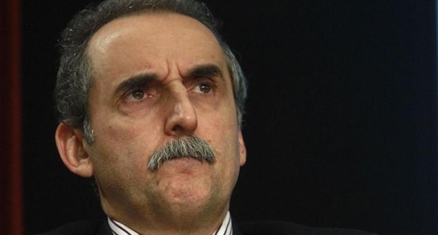 Guillermo Moreno, procesado y embargado