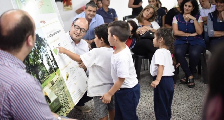 Municipio y vecinos proyectan juntos la nueva plaza para Altos del Valle