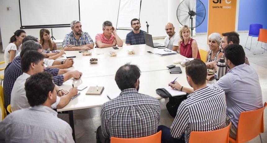 En la Ciudad definen estrategias para el desarrollo del sector TICs