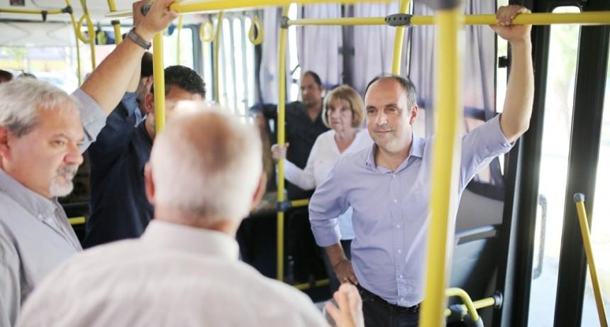 José Corral presentó la nueva flota de la Línea 18 y la próxima en renovarse será la 9