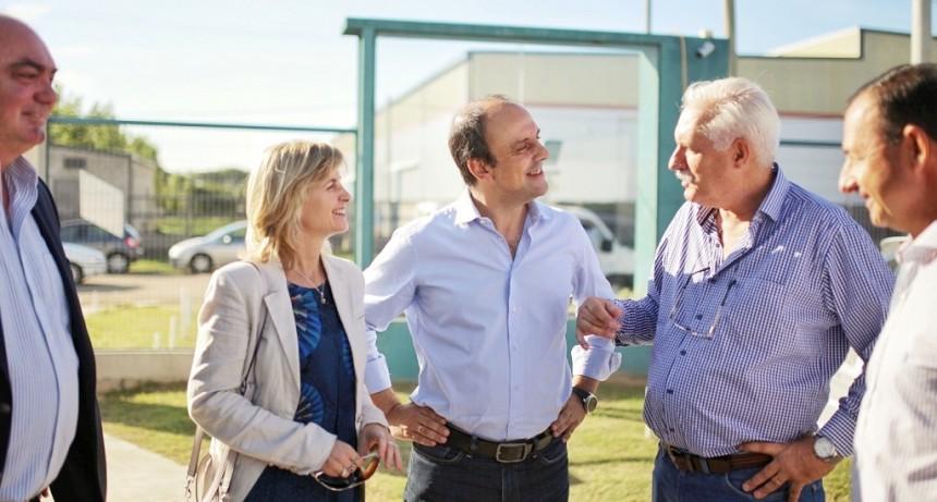Corral inauguró la nueva planta de Vidrios y Aberturas SRL